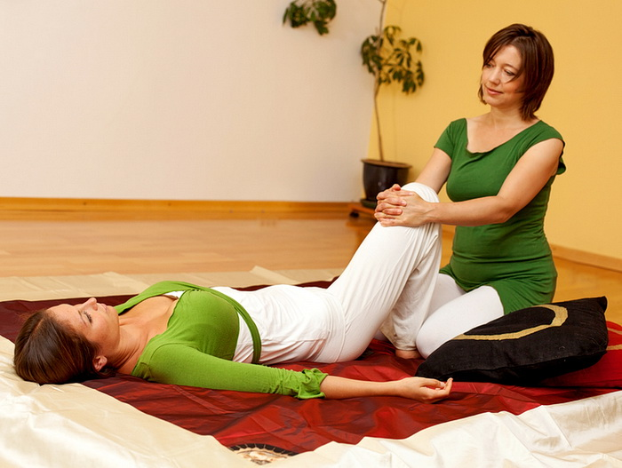 Gentle Thai Massage hip stretch